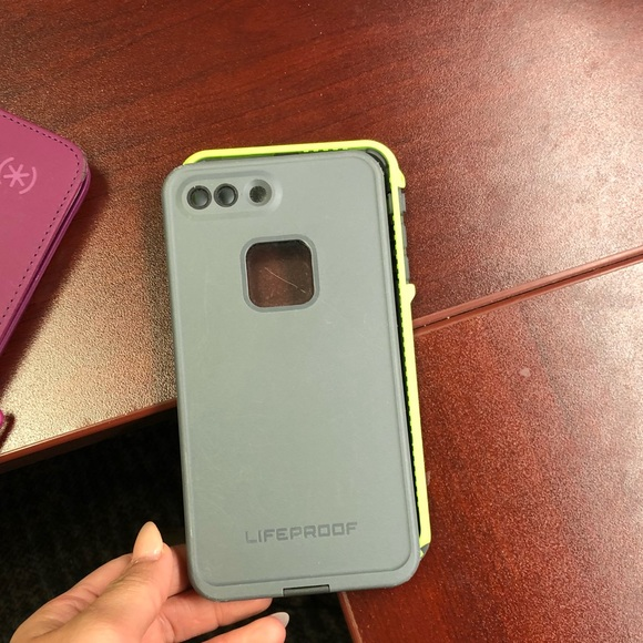 iPhone 7 Plus/8 Plus Lifeproof Phone Case EUC